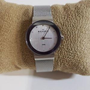 Sliver watch